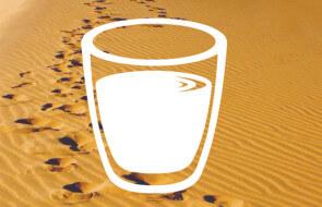 Ein gezeichnetes Glas Wasser als Symbol für das Fasten
