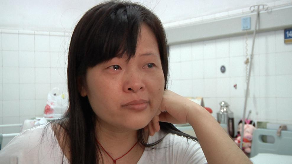 ZengPing weinend