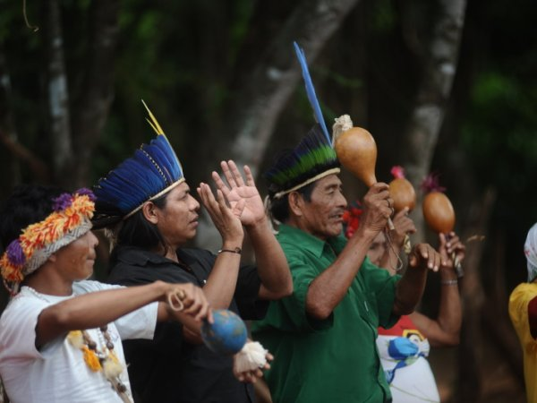 Feiern_Guarani Kaiowa_HEKS